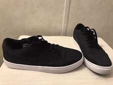 Nike Sb Black Low Top Skate Shoes Sz 9