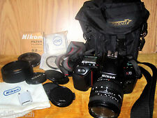 Nikon N70 35mm  Film Camera Kit Comes w/ Cloth & Leather Case see all pictures