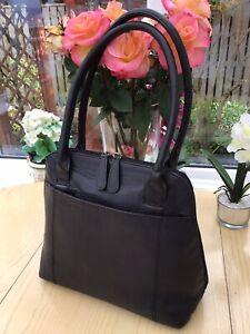 Osprey Black Leather Medium Zip Around Shaped Shoulder Bag