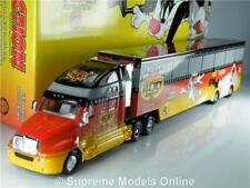 LOONEY TUNES REMATCH KENWORTH T2000 1/64 SCALE YELLOW/BLACK/RED EXAMPLE T312Z(=)