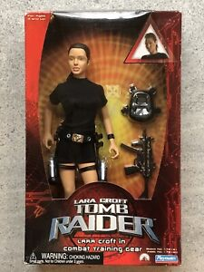 Lara Croft TOMB RAIDER Combat Training Gear Movie Doll Action Figure UNOPENED