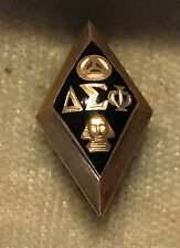 1948 Delta Sigma Phi Fraternity Pin - 10K - Alpha Alpha Chapter
