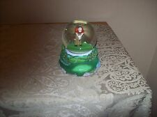 Golfer Snow Globe A Nice Collectible