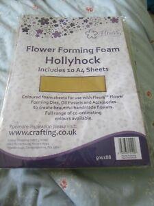 Fleurs flower forming foam; hollyhock