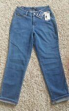 NWT Women's Lee Modern Series Curvy-Fit Crop Jeans Capris Denim Size 4 Medium