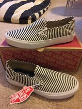 New Vans Womens Classic Slip On Skate Shoe Navy And White Stripe 8.5 M