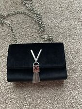 valentino bag With Chain
