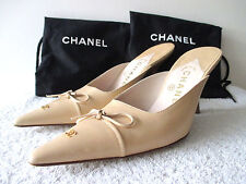 CHANEL Heels Shoes 7.5 M Beige Slip-on With Bow Detail & Stack Heel