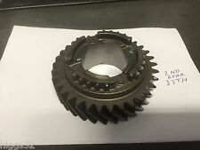 HOLDEN COMMODORE V8 T5 GEARBOX VN VP VR VS 2nd GEAR NEW COMMODORE