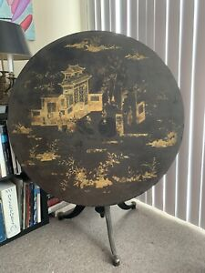 18th Century  Chinese Black and Gold Lacquer Tilt Top Round Table