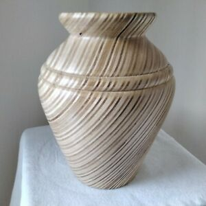 """Hand turned Wooden Bud Vase. Hardwood with Attractive Grain 5.5"""" Tall"""
