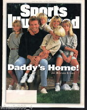 1995 Sports Illustrated San Francisco 49ers QB Joe Montana Subscription Issue Ex