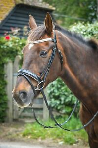 *BLING*PATENT LEATHER DRESSAGE BRIDLE WITH DIAMANTE BROW BAND BLACK/WHITE PADDED