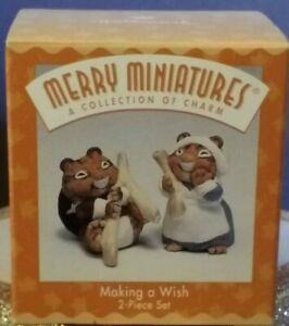 Hallmark Merry Miniatures 1997 MAKING A WISH QFM8592  2pc by Sue Tague