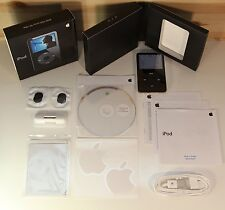  Apple iPod Classic 5th Generation 30GB Black in Original Box ★★★★★