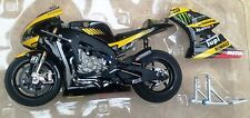 MINICHAMPS 123 113035 YAMAHA YZR M1 model bike Carl Crutchlow MotoGP 2011 1:12th
