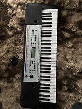 Yamaha Keyboard + Ständer