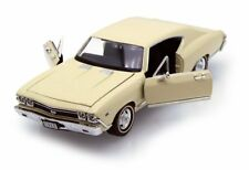 1968 CHEVY CHEVELLE SS396  1/24 SCALE CREAM DIECAST CAR BY WELLY 29397