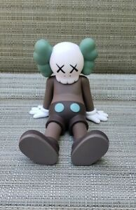 """KAWS:HOLIDAY Taipei Companion Vinyl Toy Figure (Brown) 7"""" NEW in Package"""