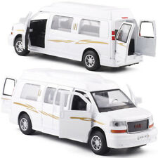 1:32 GMC Savana Passenger Van Car Model Diecast Toy Vehicle Gift Pull Back White