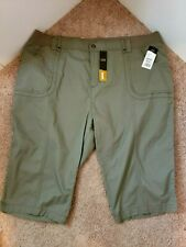 NWT Lee Relaxed Fit Womens Olive Mermaid Skimmers Shorts Capri Pants Plus 24W