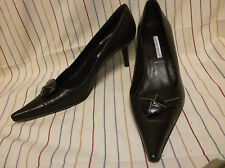 Charles David Brown Leather Top Button Pointed Toe Pump Shoes Size 9.5 M SPAIN