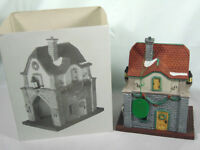 """Department 56 """"Gate House"""" Heritage Village Collection 1992"""