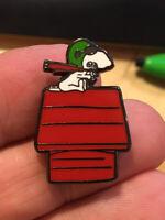 Snoopy Red Baron enamel pin Peanuts doghouse dog pilot hat lapel bag retro plane