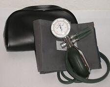 BW Blutdruckmessgerät mit Dosenmanometer