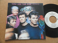 "DISQUE 45T DE A-HA  "" YOU ARE THE ONE """