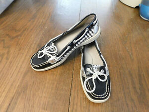 Sperry Top Sider Sz 7.5 Metallic Silver Patent leather Black Boat Shoe Loafers