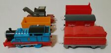 2009 Mattel Thomas & Friends Trackmaster Motorized Train TESTED WORKS + 5 Cars