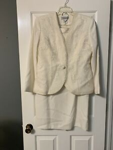 Justin Taylor 2 pc Floral Embroidery, Fully Lined White Jacket & Skirt Size 12