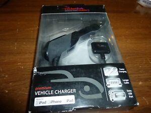 Rocketfish RF-PA455 Car/Vehicle Charger for 30pin  Apple® iPad®, iPod® iPhone®