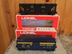 2 Lionel O  Alaska Railroad Freight Cars #9758 Box,9117 Hopper C-9