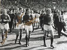 12x16 Inglaterra Copa Mundial 1966 Foto Firmada Geoff Hurst Martin Peters George Cohen