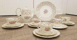 VTG Queen Anne England Royal Bridal Gown Tea set 16pcs