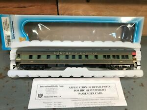HO Northern Pacific Heavyweight Observation car, Pine Tree Paint Scheme by IHC