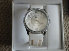 Gruen 11 Ladies Watch Ivory Rubber Band Model GRT568 Second Hand NWT