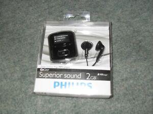 PHILIPS GoGEAR RAGA MP3 PLAYER 2GB BLUE Brand new still in box