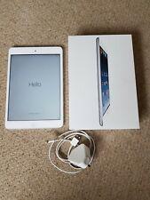 Apple iPad 1st 16GB GEN. Mini, Wi-Fi, 7.9in Bianco e Argento-Boxed.