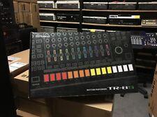 "Roland TR-8S AIRA  ""808"" ""909"" Rhythm Drum Machine AIRA ,TR 8S  //ARMENS//"