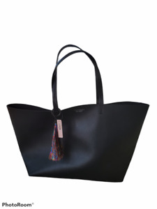 VICTORIA'S SECRET Black Large Tote Bag Purse Faux Leather With Tassel