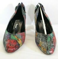 J Renee Couture Retro Pattern Pumps with Ribbon Pointed Toe Heels Size 9M TF