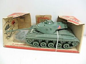 Processed Plastic PP US Army M60 Battle Tank with 8 Solders #7520 in Box
