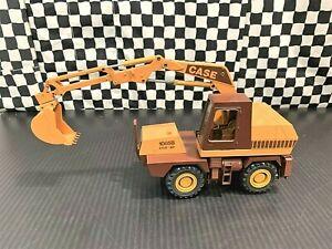 Conrad Case 1085B Wheel Hydraulic Excavator -Yellow/Brown- 1:35 Diecast Boxed