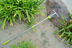 MLTOOLS 64-inch Adjustable Garden Leaf Rake R8236