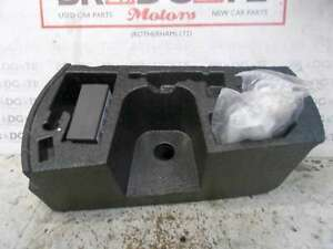 SEAT IBIZA FR 2015-2017 TYRE COMPRESSOR AND BOOT FOAM