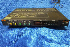 Roland SDE-1000 1000 Digital Delay Rack Effect Vintage from Japan 160502