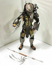 TEMPLE GUARD PREDATOR • C9 • 100% COMPLETE • NECA ALIEN vs PREDATOR SERIES 15